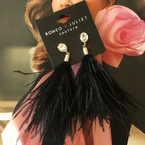 Romeo + Juliet Couture Feather Earrings
